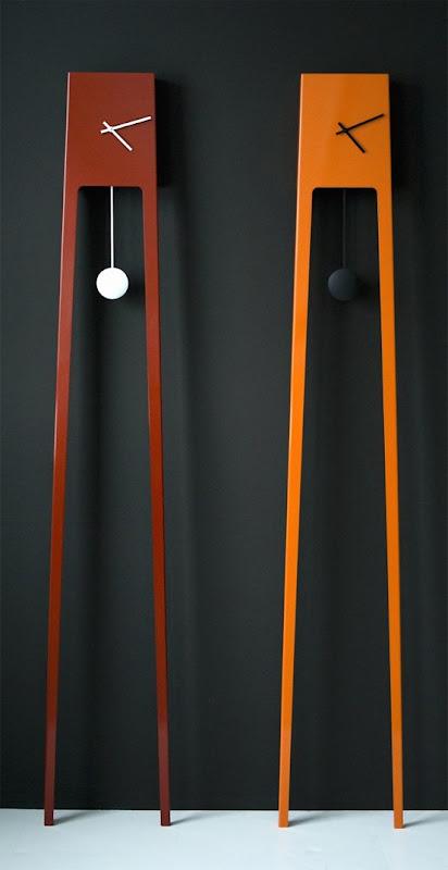 reloj minimalista de pendulo -