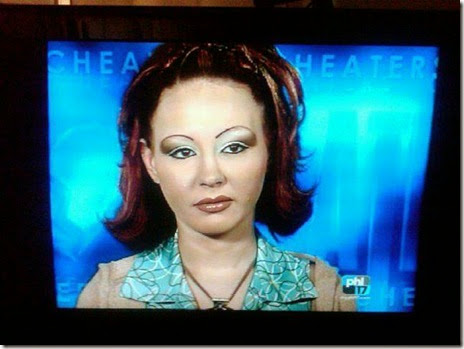 women-scary-eyebrows-048