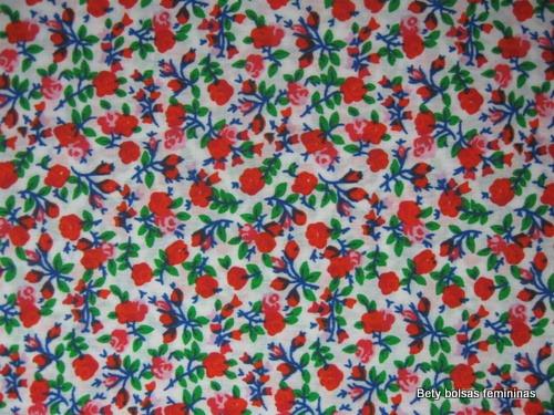 TE21-tecido-estampa-floral-pequeno-branco