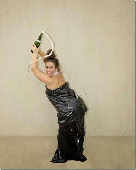 kardashian-champagne-catch-004