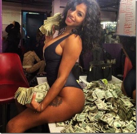 strippers-money-001