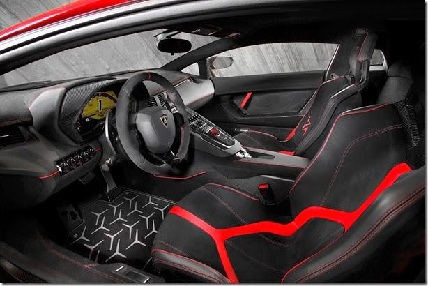 Lamborghini-Aventador-SV-Carscoops19