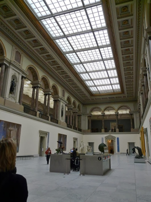 10-magritte-museum