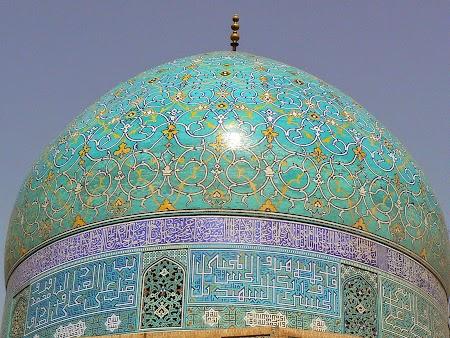 28. Faianta de Esfahan.JPG