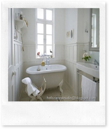 London_House_With_a_French_Style_Bathroom_Design