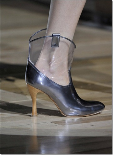 cowboy-boots-on-the-spring-2012-runway1