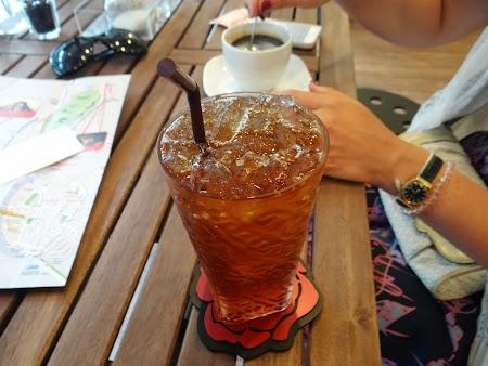 1. Ceai plin cu gheata.JPG