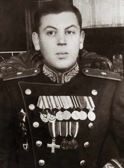 Сталин,_Василий_Иосифович