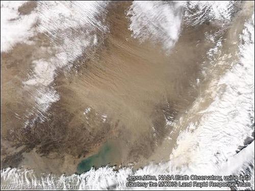 tempestade de areia desbaratinando satelite (2)