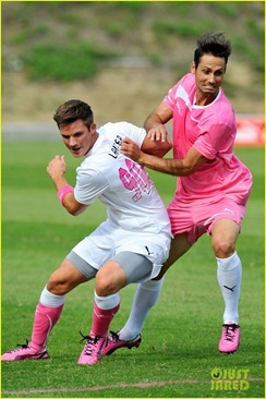 joshua-bowman-puma-pink-project-initiative-01