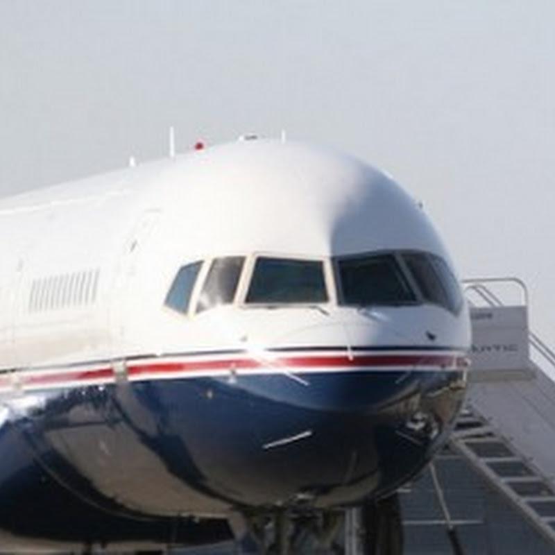 US Senator investigates Google, NASA over use of private airfield for company jets