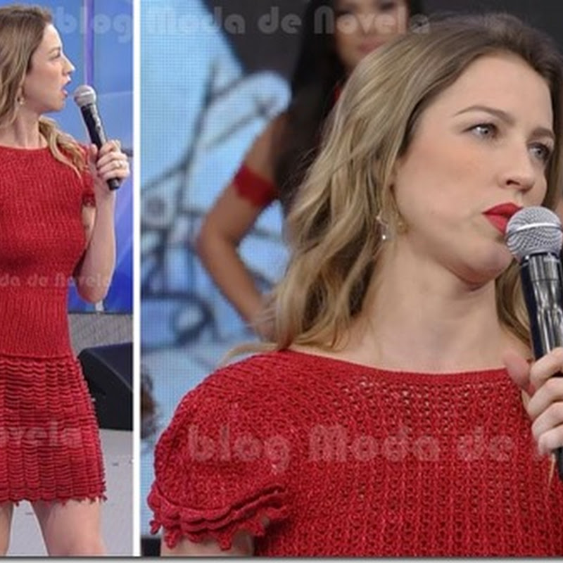 Look da Luana Piovani no Domingão do Faustão de 21 de abril
