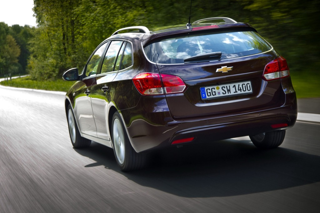 2013-Chevrolet-Cruze-Facelift-15.jpg?imgmax=1800