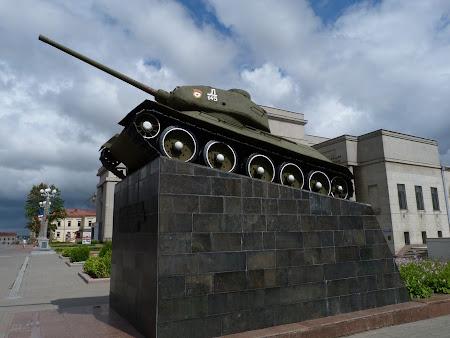 11. tancul eliberator
