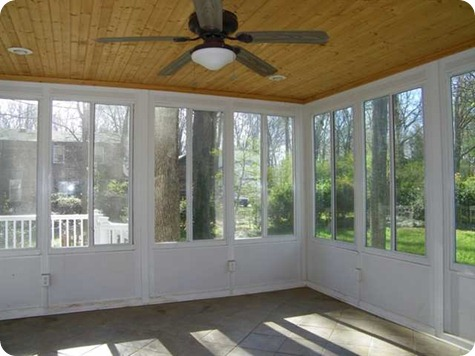 Sunroom Before (2)