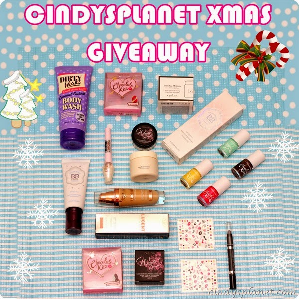 Christmas Giveaway1
