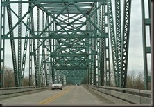 Bridge over Illinois River