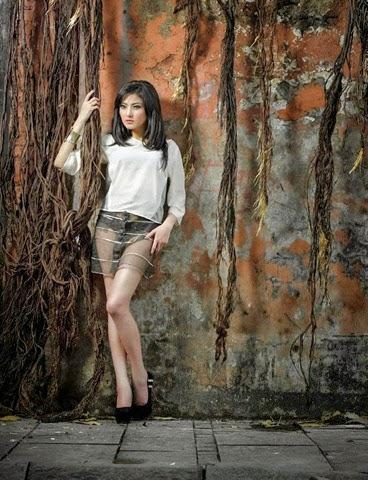 Fotomodel IGO Ayu Aulia Seksi