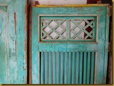 Jendela rumah tua | Jendela tua | Pintu dan jendela klasik | jendela dan pintu rumah antik | Pintu jendela rumah kolonial Belanda | Gapura rumah jadul | pintu dan jendela rumah wedono