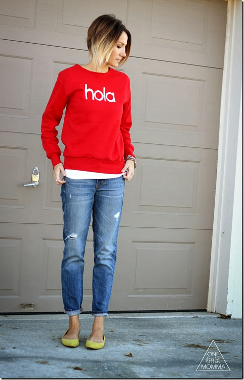Make your own graphic sweatshirt- easy tutorial for this hola sweatshirt