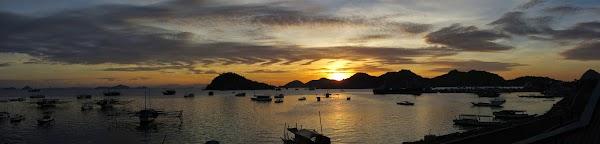 labuhan_bajo_harbor_sunset.jpg