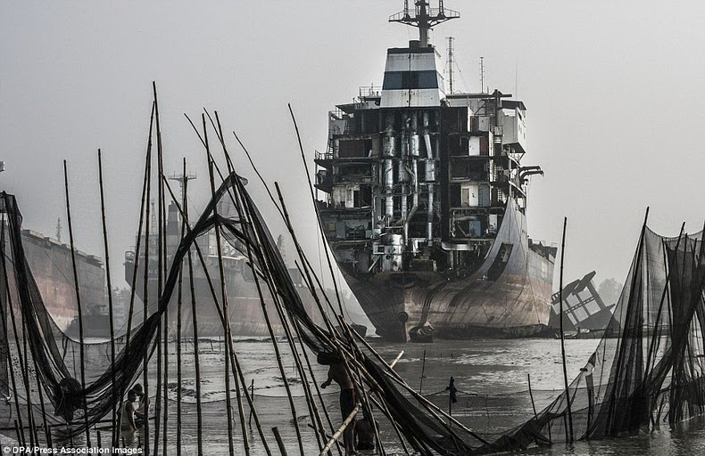 chittagong-ship-breaking-yard-6