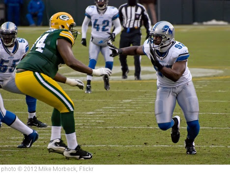 'Marshall Newhouse (74), Cliff Avril (92)' photo (c) 2012, Mike Morbeck - license: https://creativecommons.org/licenses/by-sa/2.0/