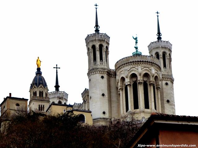 basilica-de-Fourvière.JPG
