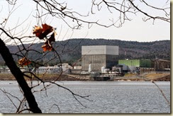 The Vermont Yankee nuclear power plant on the banks of the Connecticut River in Vernon, Vt. is seen  on Monday April 18, 2011. (AP Photo/Jason R. Henske)