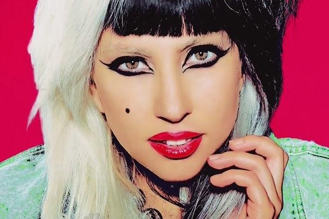 Lady_Gaga_900_600