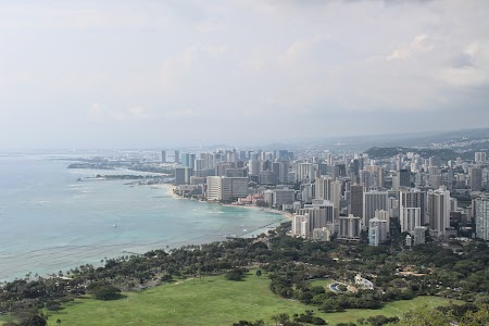 Vacanta Hawaii: Waikiki Beach from Diamond Head