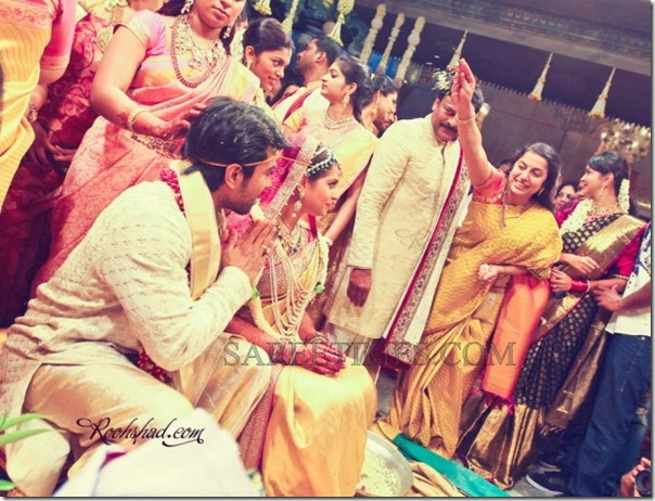 Celebrities_Saree_Ram_Charan_Marriage (1)