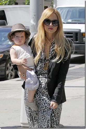 Rachel Zoe Celebrity stylist Rachel Zoe stylish FmwfkRaIHIfl