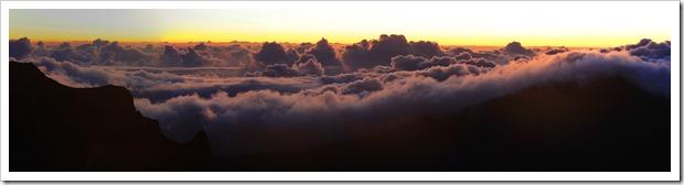 130710_Haleakala_sunrise_pano1