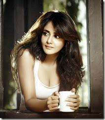 Actress Parul Yadav New Hot Photo Shoot Stills