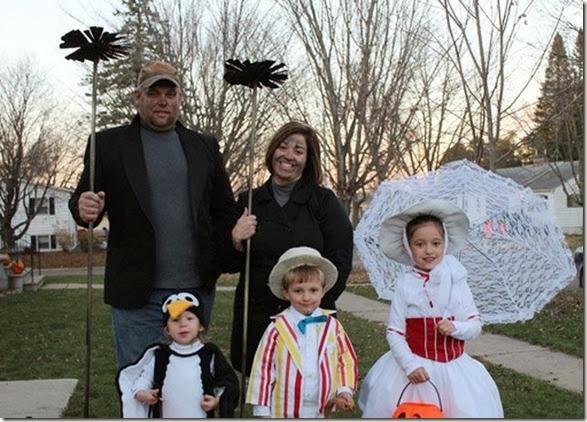 halloween-family-costumes-25