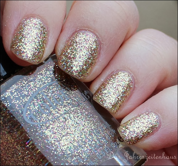 Gold Color Club Unter The Mistle Toe Collection Gingerbread 3
