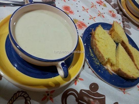 SOPA cebola pão de milho[10]