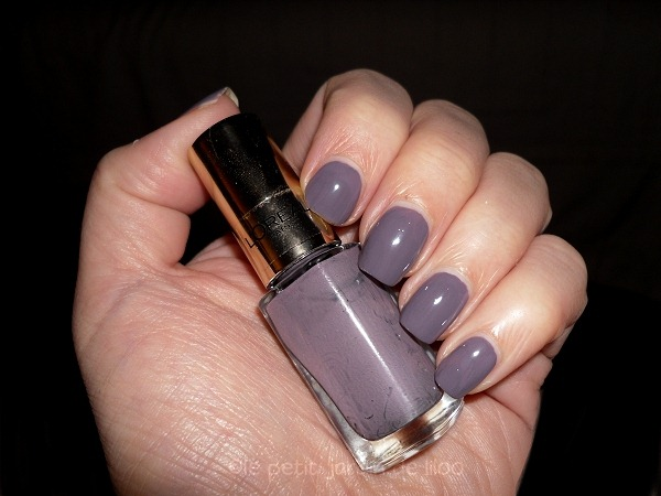 003-loreal-paris-color-riche-parisian-rooftop-mini-nail-polishes-review-swatches-