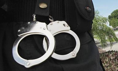 Handcuffs-008