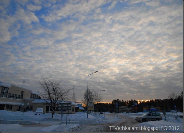 talvipäivä seisauksen jäkeinen aamu päivä 021