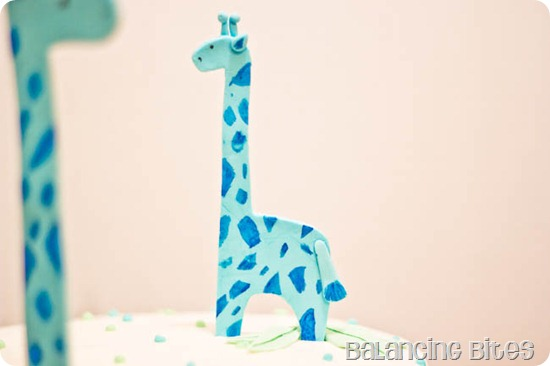 Giraffe Baby Shower Cake baby giraffe--Balancing Bites