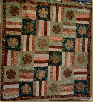 24.04.12 Autumn Flower quilt