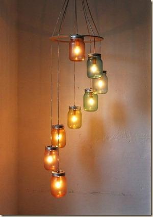lustre-feito-com-potes-de-vidros-reciclados-decoracao