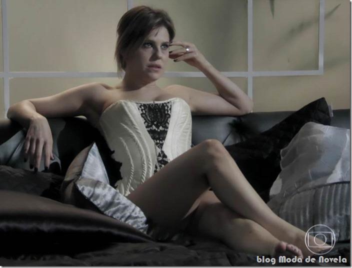 moda da novela amor à vida - edith capítulo 25 de junho de 2013 b