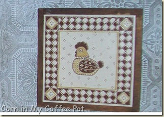 CHICKEN TRIVET BLUE BACKSPLASH