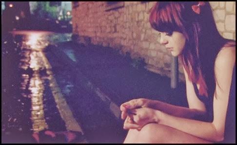 cute-alone-sad-girl-broken-heart