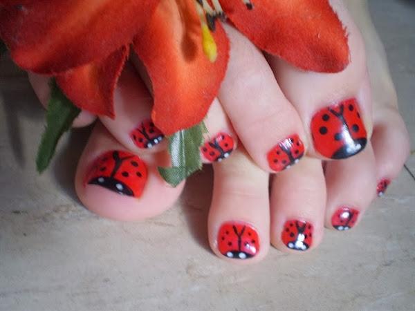 Kaitlynann_239460_l Ladybug Toe Nail Designs