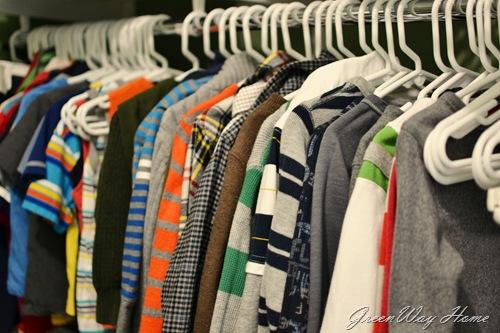 hang shirts