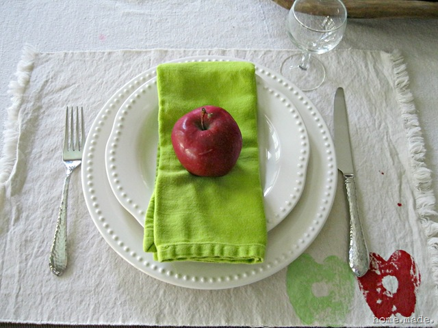 home.made. Apple Place Setting
